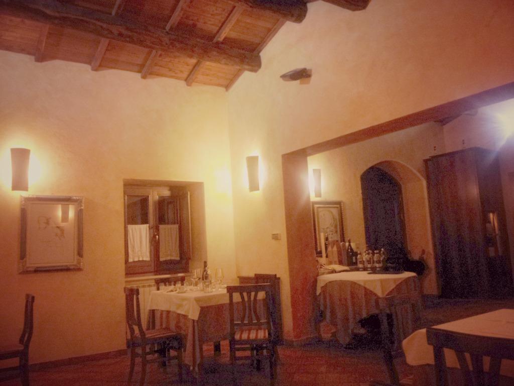 Una cucina raffinata dai sapori tradizionali alla locanda - Ristorante borgo antico cucine da incubo ...