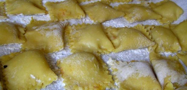 Pasta zucca ricotta e speck
