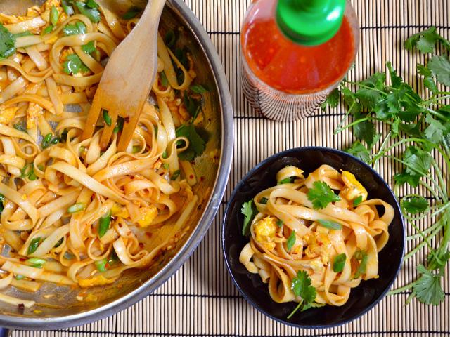 rice-flat-noodles